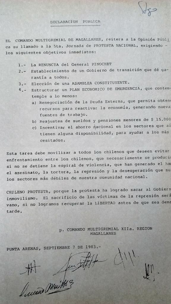 Declaración del Comando Multigremial de Magallanes publicada en septiembre de 1983 y circulada en manifestaciones en Punta Arenas. Archivo personal del autor.